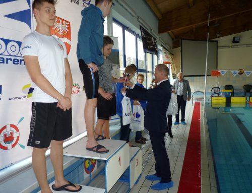 Żyrardowscy pływacy uczcili Dzień Niepodległości