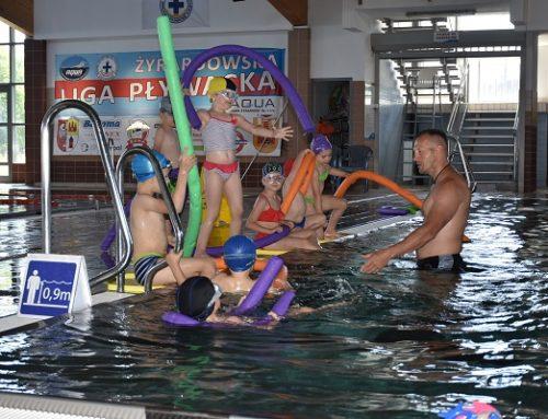 Ruszył wakacyjny kurs nauki pływania